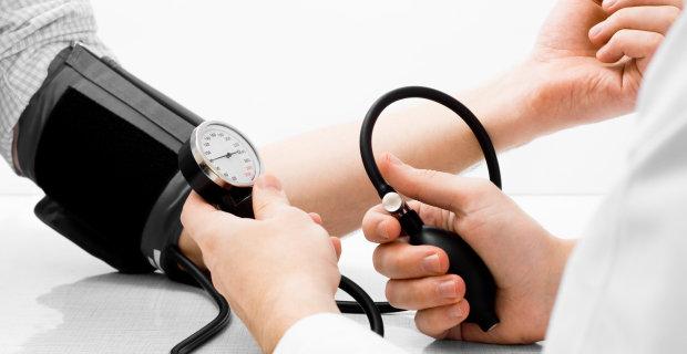 hipertenzija nuo miomų