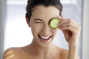 Natūralios priemonės nuo raukšlių (akių odos drėkinimui)