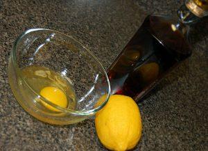 Naminė kaukė veido odai (citrina kiaušinis)