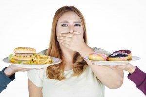 Kaip priprasti mažiau valgyti